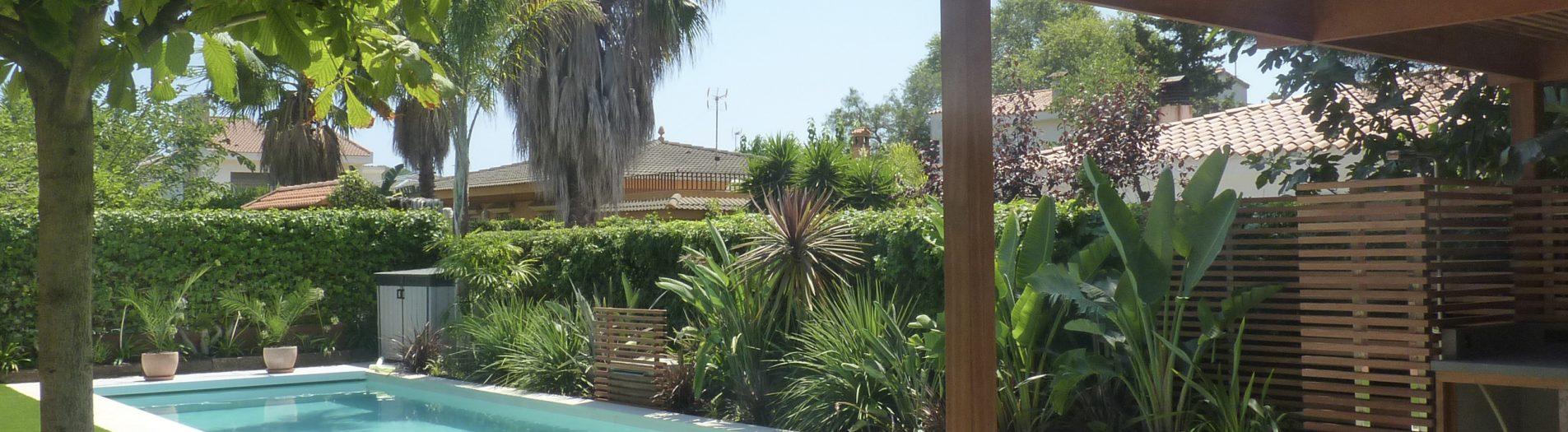 Jardí i piscina a Tarragona