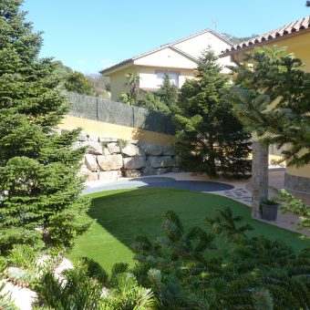Remodelación jardín en Vallromanes