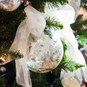 (CAT) Arbre de Nadal en... blanc