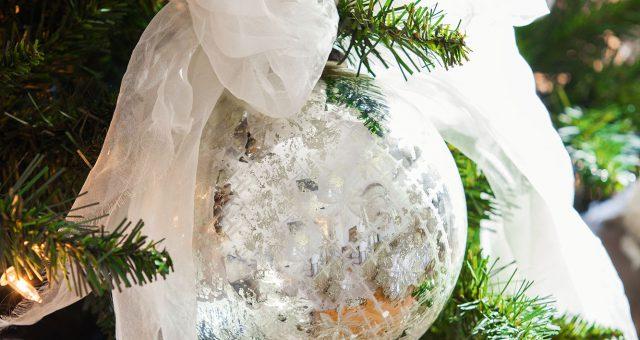 Arbre de Nadal en... blanc
