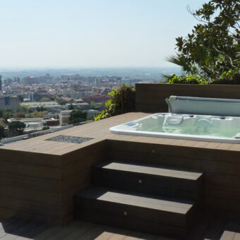 Garden and spa at Esplugues