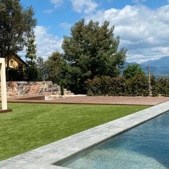 Garden & Pool in Vallgorguina