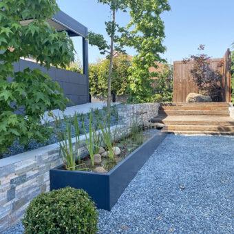 Garden & pool in Sta Agnes II